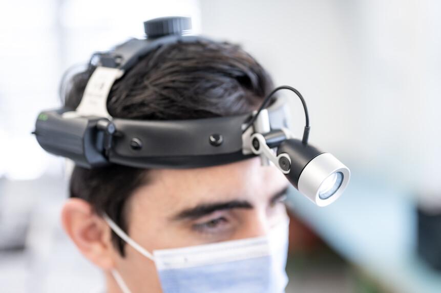 BREL Medizintechnik Medizinische Leuchten DSC 07341